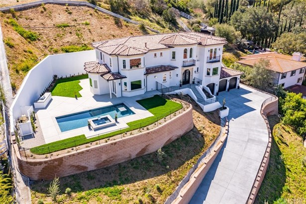 Mediterranean, Single Family Residence - Bell Canyon, CA