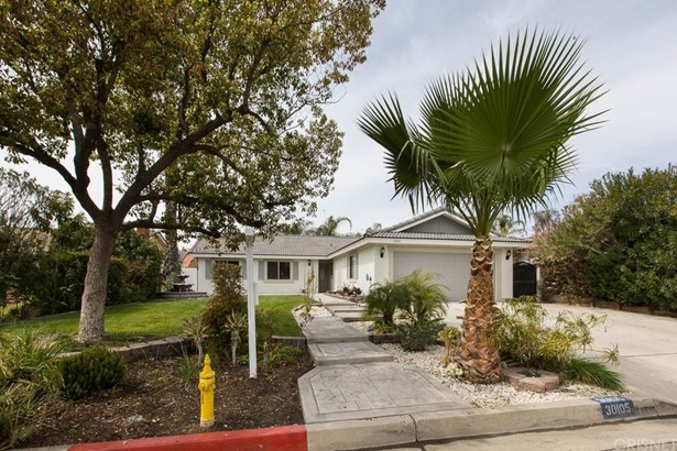 Single Family Residence - Canyon Lake, CA (photo 2)