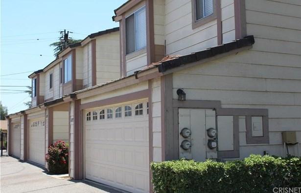 Townhouse - Pomona, CA (photo 1)