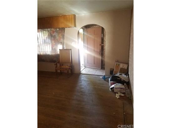 Single Family Residence - Fontana, CA (photo 2)