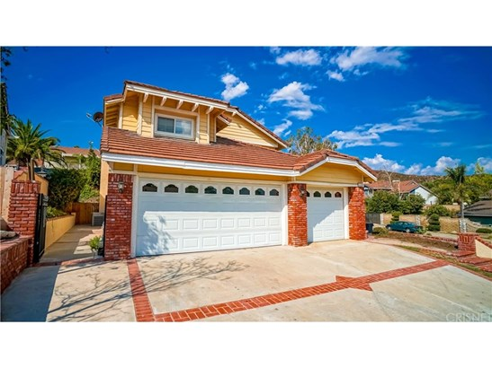 Single Family Residence - Castaic, CA (photo 2)
