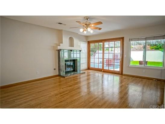 Single Family Residence - Castaic, CA (photo 5)