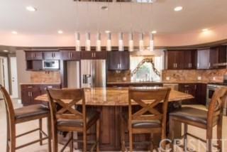 Single Family Residence - Tarzana, CA (photo 5)