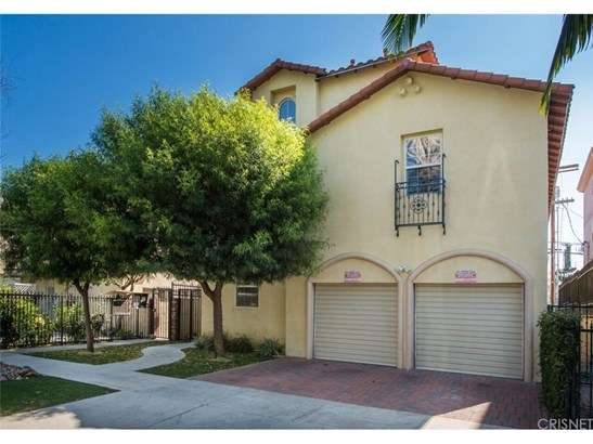 Townhouse, Traditional - Sherman Oaks, CA (photo 1)