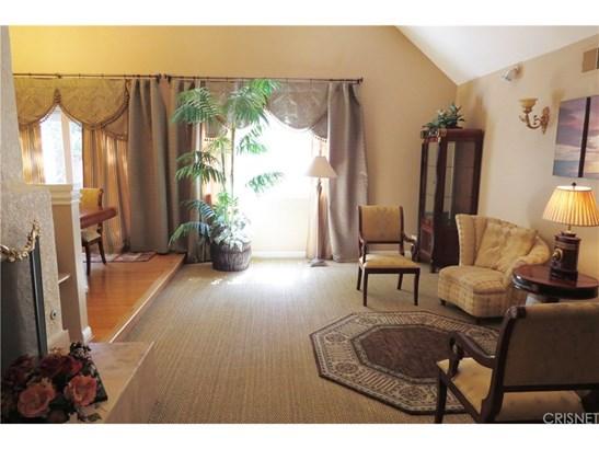 Mediterranean, Single Family Residence - Chatsworth, CA (photo 3)