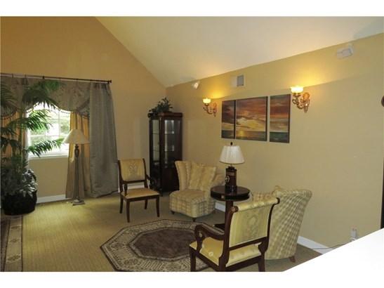 Mediterranean, Single Family Residence - Chatsworth, CA (photo 4)