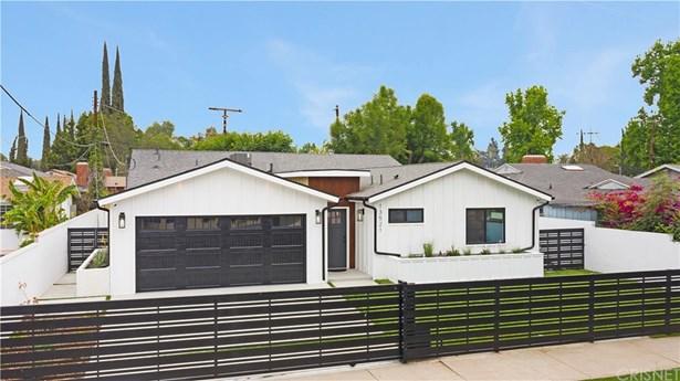 Single Family Residence, Custom Built - Sherman Oaks, CA