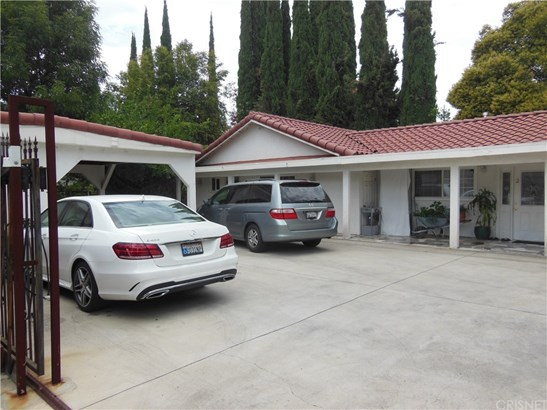 Residential Income, Traditional - Woodland Hills, CA (photo 1)