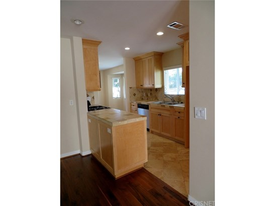 Single Family Residence - Burbank, CA (photo 4)