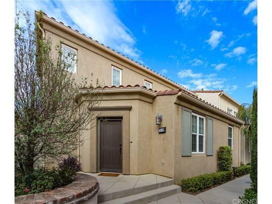 Single Family Residence - Porter Ranch, CA