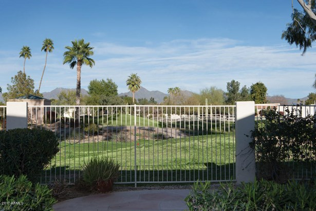 Single Family - Detached, Contemporary,Other (See Remarks) - Scottsdale, AZ (photo 3)