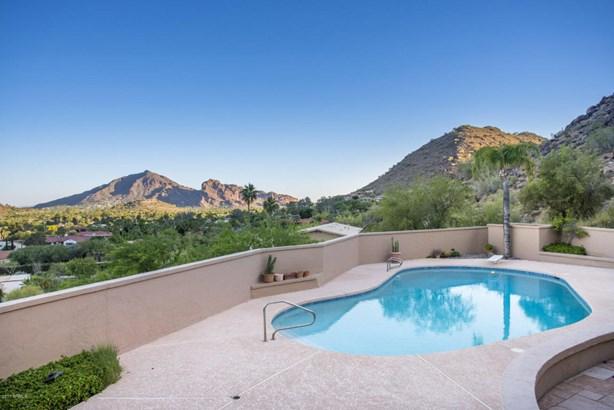 Single Family - Detached - Paradise Valley, AZ (photo 4)