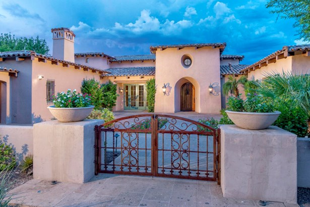 Single Family - Detached, Spanish,Santa Barbara/Tuscan - Paradise Valley, AZ (photo 4)