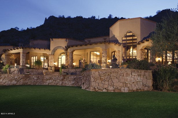 Single Family - Detached - Paradise Valley, AZ (photo 2)