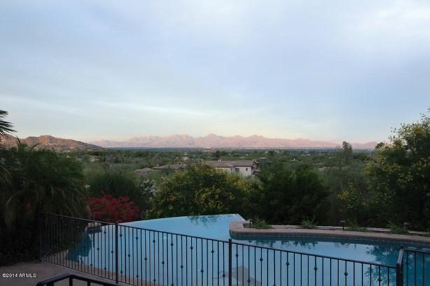 Single Family - Detached - Paradise Valley, AZ (photo 3)