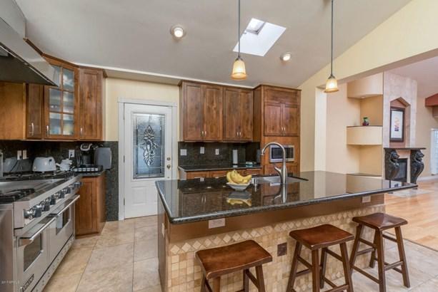 Single Family - Detached, Contemporary - Phoenix, AZ (photo 5)