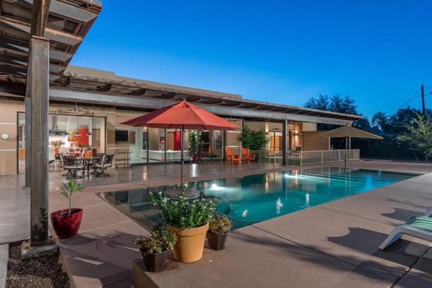 Single Family - Detached, Contemporary - Scottsdale, AZ (photo 2)