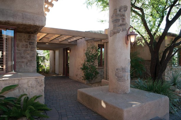 Single Family - Detached, Spanish,Santa Barbara/Tuscan - Scottsdale, AZ (photo 4)