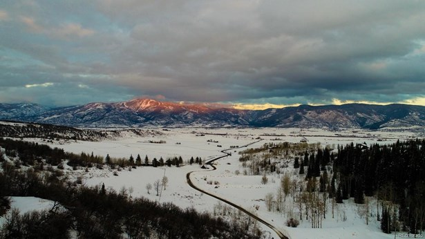 29850 Emerald Meadows Drive, Steamboat Springs, CO - USA (photo 5)