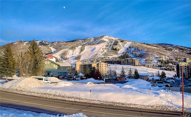 1.12 Acres Ski Times Square, Steamboat Springs, CO - USA (photo 4)