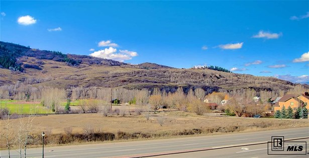 875 S Lincoln Avenue, Steamboat Springs, CO - USA (photo 2)