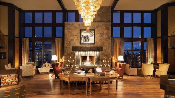 2250 Apres Ski Way, Steamboat Springs, CO - USA (photo 3)