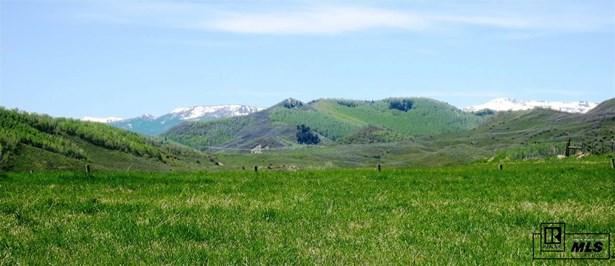 140 Oak Ridge Circle, Oak Creek, CO - USA (photo 1)
