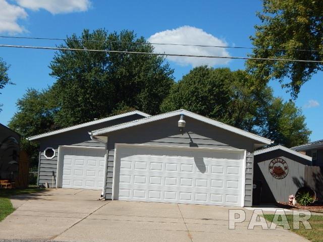 2151 N Morton Avenue, Morton, IL - USA (photo 2)
