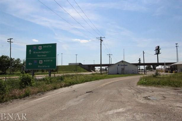 19 Westgate Drive, El Paso, IL - USA (photo 3)