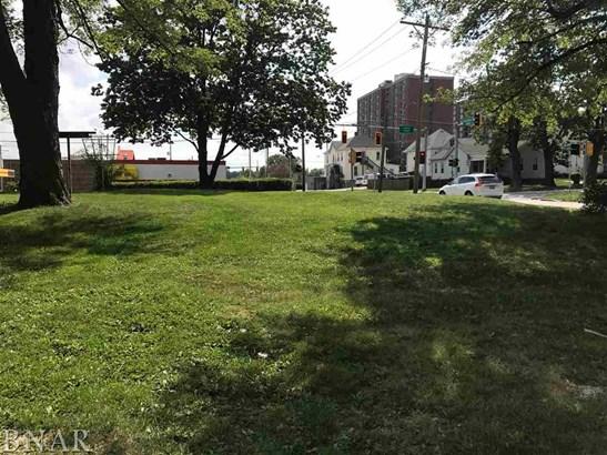 609 S Center, Bloomington, IL - USA (photo 1)