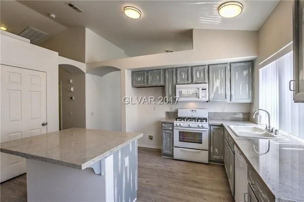 3533 Brooks Range Street, Las Vegas, NV - USA (photo 5)