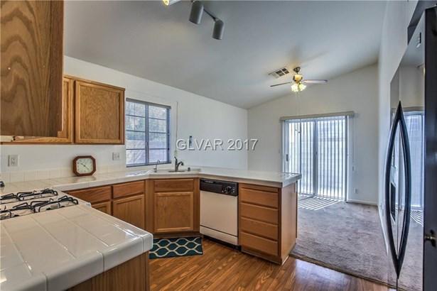 3936 Copper Glen Street, Las Vegas, NV - USA (photo 5)