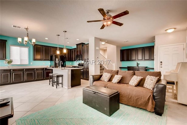 7337 Chesapeake Cove Street, Las Vegas, NV - USA (photo 3)