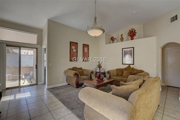 4605 Gravel Rock Street, North Las Vegas, NV - USA (photo 3)