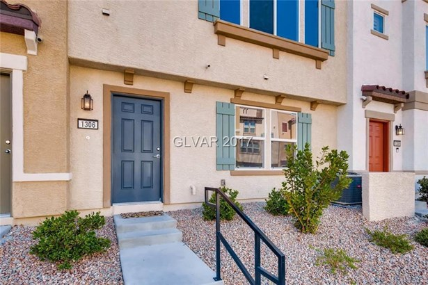 1306 Quiet Fox Way, Henderson, NV - USA (photo 4)