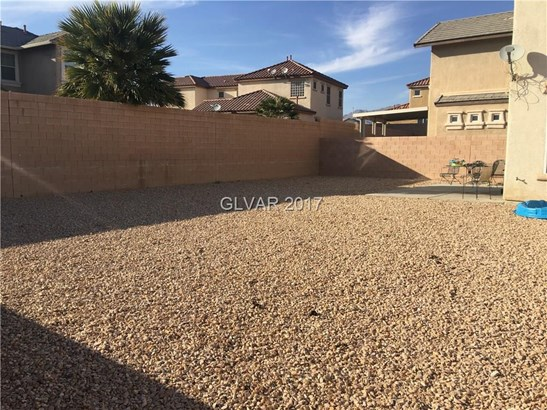 5865 Hollingshed Court, North Las Vegas, NV - USA (photo 2)