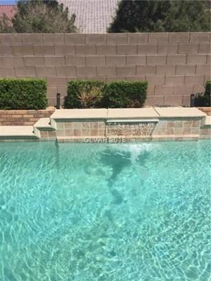 7340 Jelson Falls Street, Las Vegas, NV - USA (photo 5)