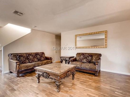 9450 Forbes Field Court, Las Vegas, NV - USA (photo 4)