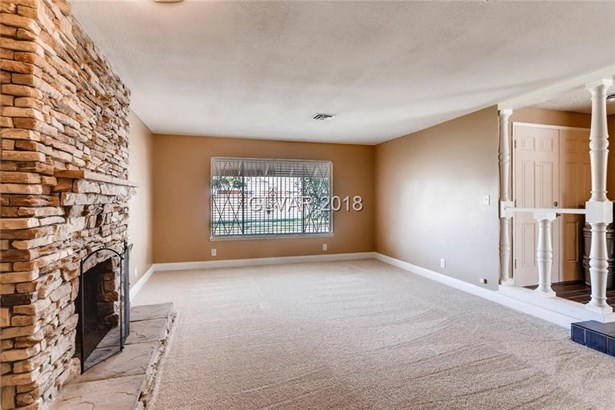 916 Niblick Drive, Las Vegas, NV - USA (photo 5)