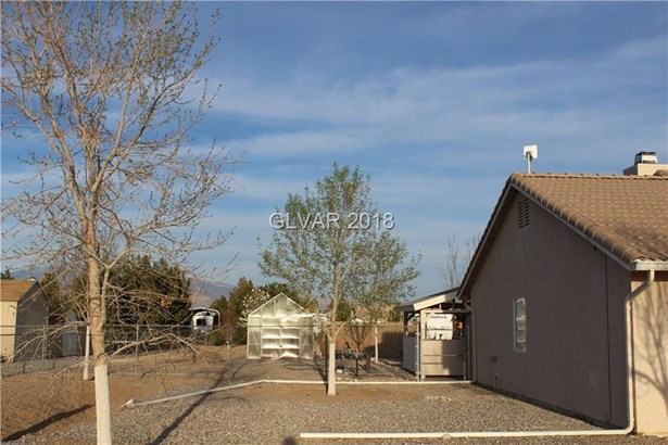 2891 South Zephyr Avenue, Pahrump, NV - USA (photo 2)