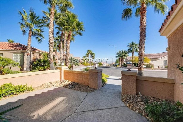 2129 Capestone Street, Las Vegas, NV - USA (photo 5)