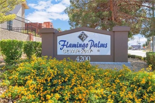4200 South Valley View Boulevard 2079, Las Vegas, NV - USA (photo 2)