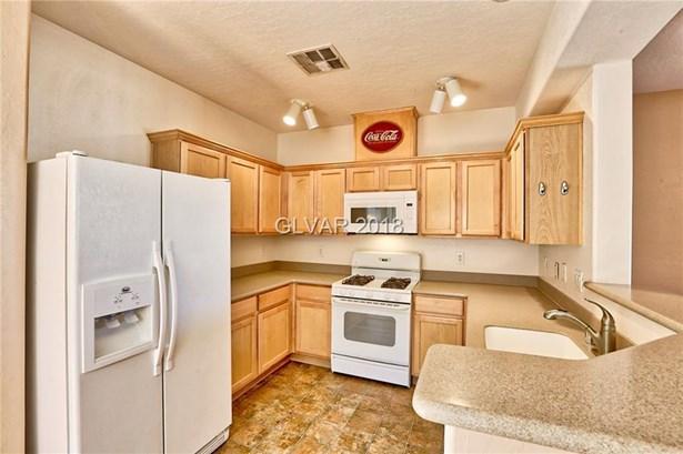 6640 Abruzzi Drive 202, North Las Vegas, NV - USA (photo 5)