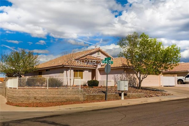 1070 Deangelis Drive, Henderson, NV - USA (photo 2)