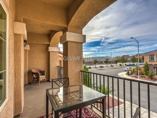 9746 Page Springs Court, Las Vegas, NV - USA (photo 5)