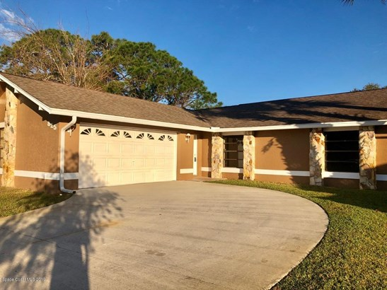 Single Family Detached, One Story - No Stairs - Palm Bay, FL