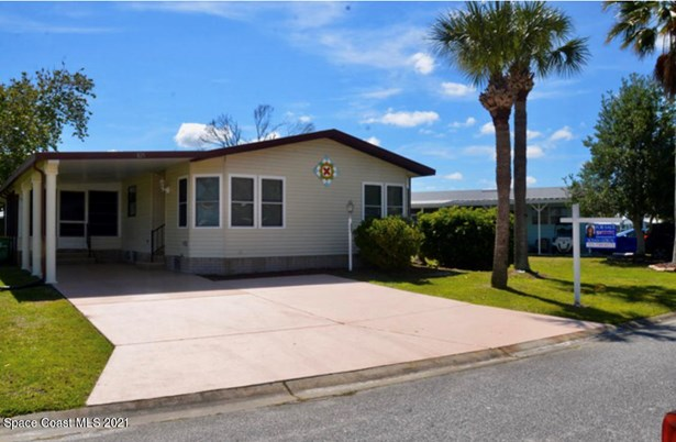1 Story, Mobile/Manufactured - Barefoot Bay, FL