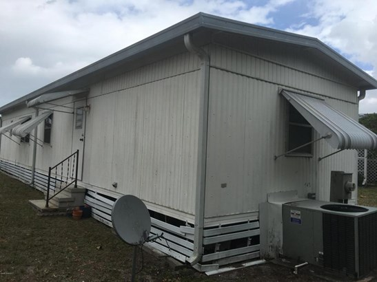 1 Story, Mobile/Manufactured - Palm Bay, FL (photo 3)
