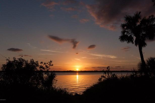Residential - Merritt Island, FL (photo 2)