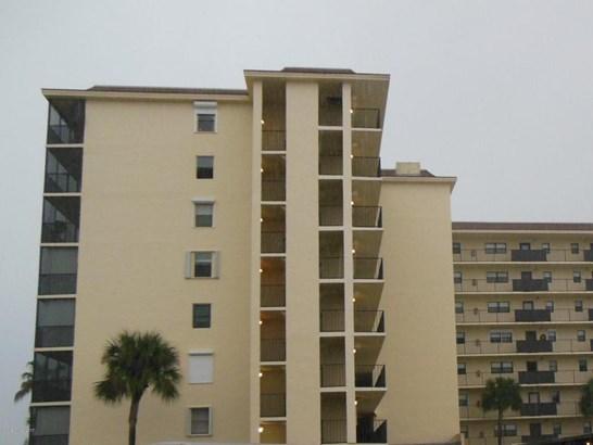 Condominium, 3+ Stories - Indian Harbour Beach, FL (photo 1)
